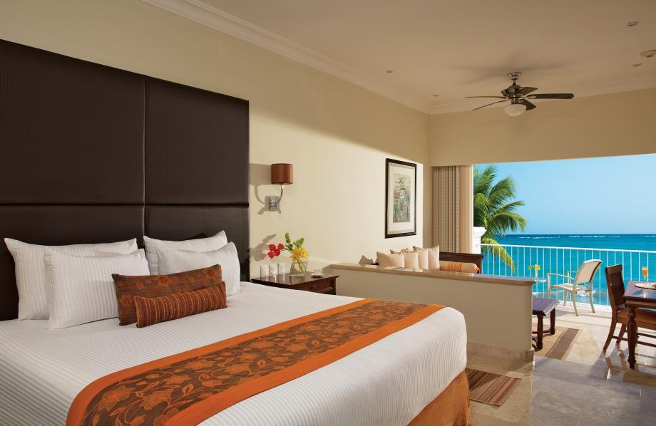 Deluxe Junior Suite Oceanfront