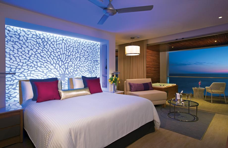 Xhale Junior Suite Ocean Front