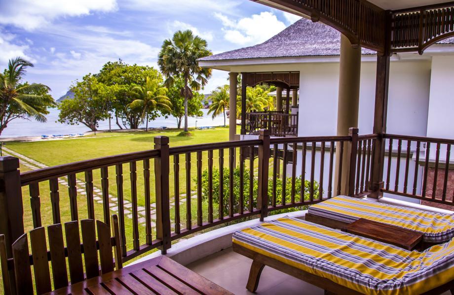 Beachfront Deluxe Villa